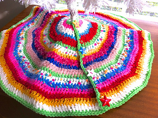 Mini Christmas Tree Skirt Pattern.27 Free Crochet Christmas Tree Skirt Patterns