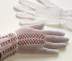 Free Crochet Patterns for Bridal Gloves or Wedding Gloves