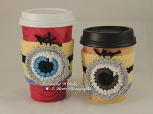 Free Crochet Patterns for Minion Mug Cozy/ Cup Cozy/ Coffee Cozy