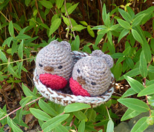 Free Crochet Patterns for Bride and Groom Wedding Couple Dolls