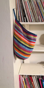 Free Crochet Patterns for Crochet Hanging Basket using Aran/ Worsted Weight Yarn