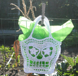 Free Crochet Patterns for Skull Halloween Trick or Treat Bags