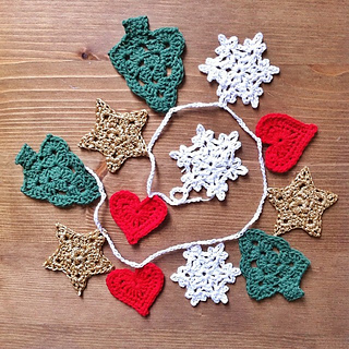 18 Free Crochet Patterns For Awesome Christmas Banner