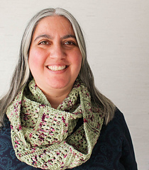 Free Crochet Patterns for Spring Infinity Scarf